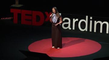 O Próximo Passo da Revolução Colaborativa: Tatiana Leite at TEDxJardimBotânico