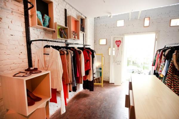Loja voltada para compartilhamento de roupas é inaugurada em SP