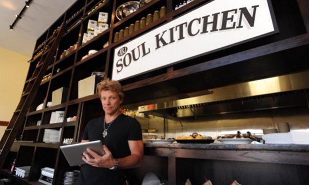 Músico Jon Bon Jovi cria restaurante comunitário