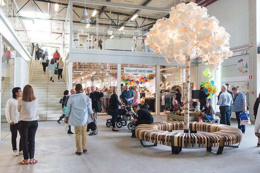Suécia inaugura shopping que só vende produtos de segunda mão